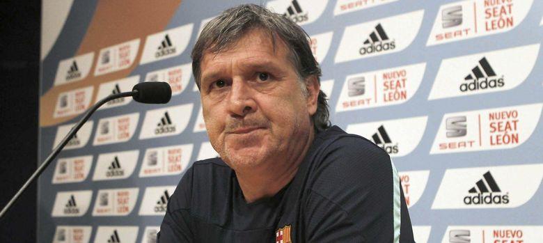 Foto: Martino en rueda de prensa (Efe).