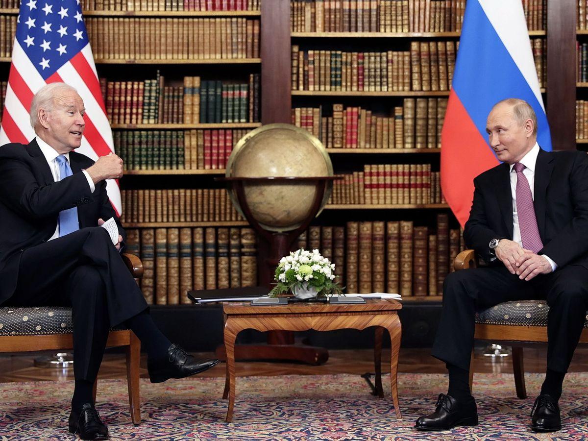 Foto: El presidente de EEUU, con su homólogo en Rusia. (EFE)