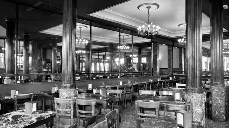 El Café Comercial, el más antiguo de Madrid, cierra sus puertas tras 128 años
