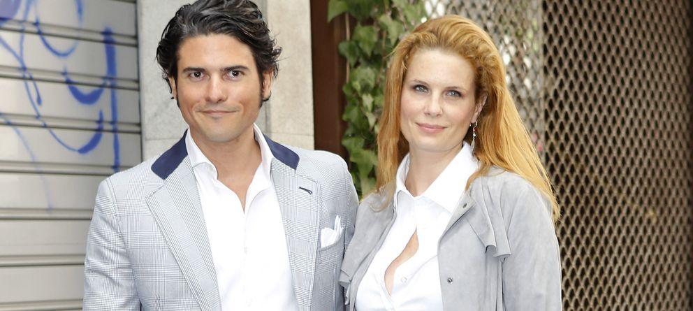 Foto: Olivia de Borbón y Julián Porras en una imagen de archivo durante un acto público (Gtres)