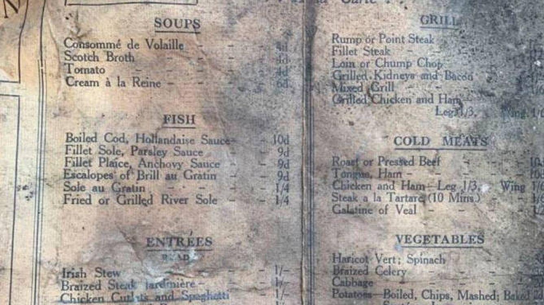 Encuentran un menú de 1913 al hacer la reforma en un restaurante de Liverpool
