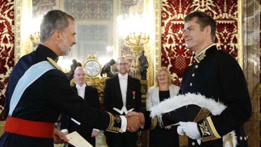 Foto: El Rey recibe a Elliot, nuevo embajador del Reino Unido en España. (Casa Real)