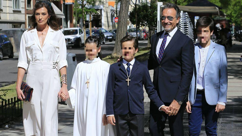 Nieves Álvarez y Marco Severini, dos ex bien avenidos en la comunión de sus hijos