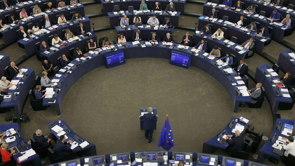 Juncker promete que los jóvenes no serán más pobres que sus padres