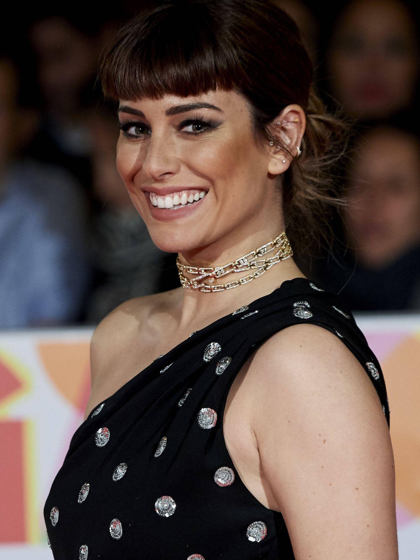 Blanca Suárez en el Festival de Cine de Málaga con flequillo postizo, otra tendencia. (Getty)