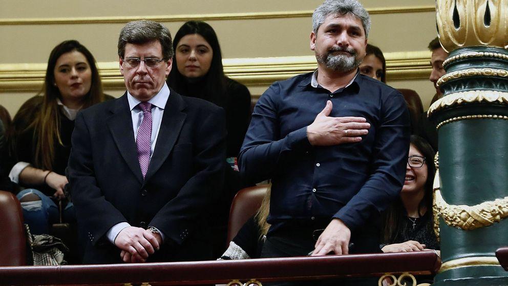 Pulgares abajo, gritos de fuera entre PP y PSOE: el debate de la PPR