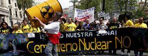 Foto: El Gobierno desautoriza a Sebastián y aplaza su decisión sobre el cementerio nuclear