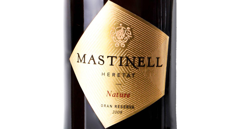 Foto: Detalle de la etiqueta de la nueva botella de Mastinell: Nature Gran Reserva.