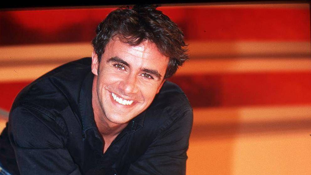 De cuando Alonso Caparrós presentaba 'SV' y dominaba el plató a lo Jorge Javier