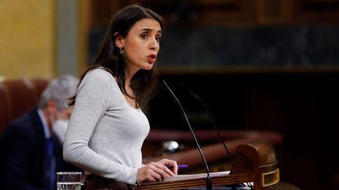 Irene Montero sorprende en el Congreso con un look a lo Kamala Harris