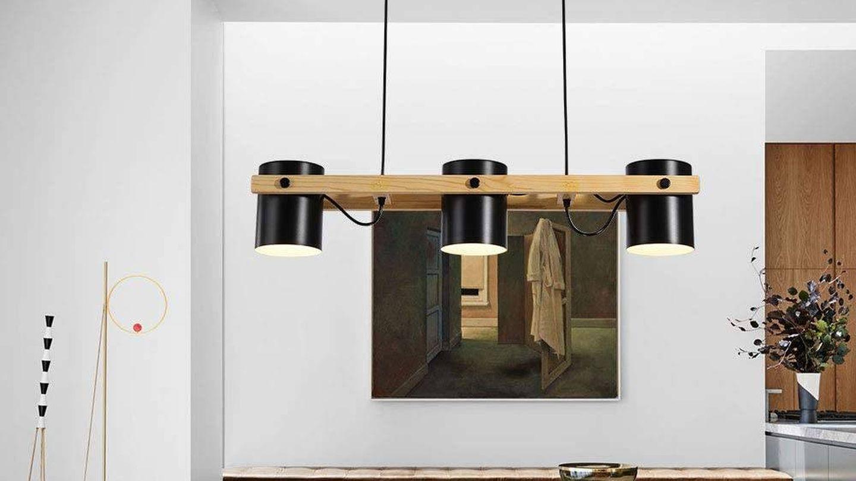Lámpara de techo de Oukaning. (Cortesía)
