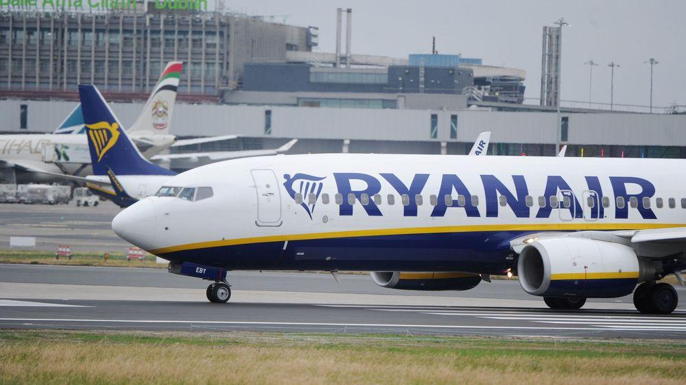 Foto: Un avión de Ryanair en el aeropuerto de Dublín | EFE