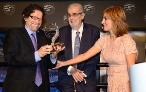 La política se come a la literatura en el 'fiestón' del Premio Planeta
