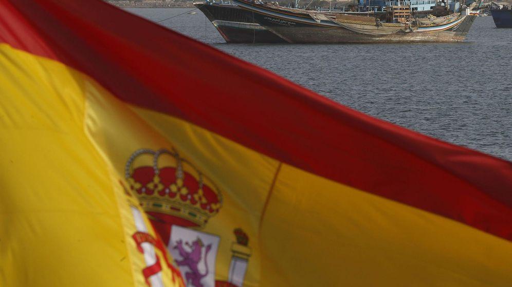 Foto: España envía por primera vez buques de guerra a las aguas que reclama Gibraltar