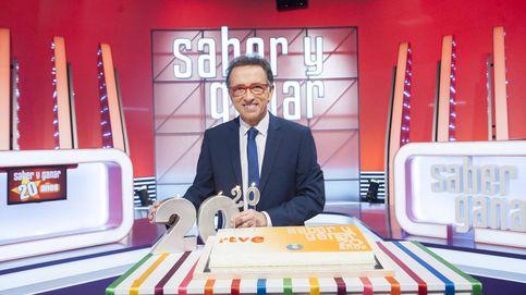 Hurtado celebra los 20 años de 'Saber y ganar' menospreciando a '¡Ahora caigo!'