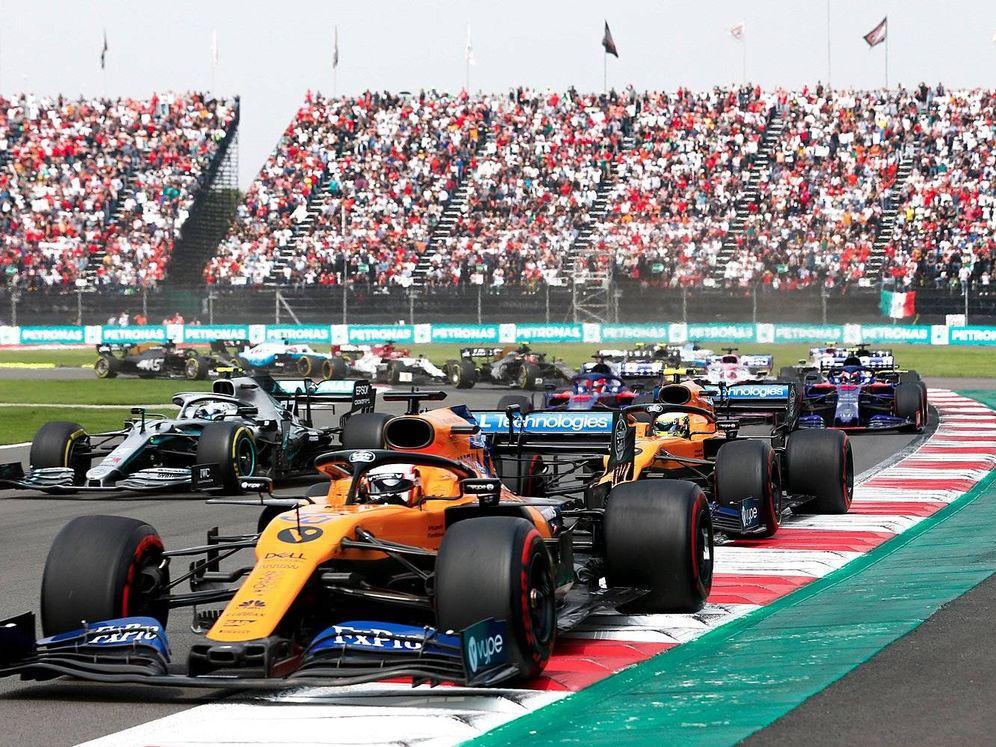 Foto: A pesar de colocarse cuarto en la primera vuelta, Carlos Sainz se despeñó al montar el compuesto más duro y terminó con la peor carrera de la temporada (McLaren)