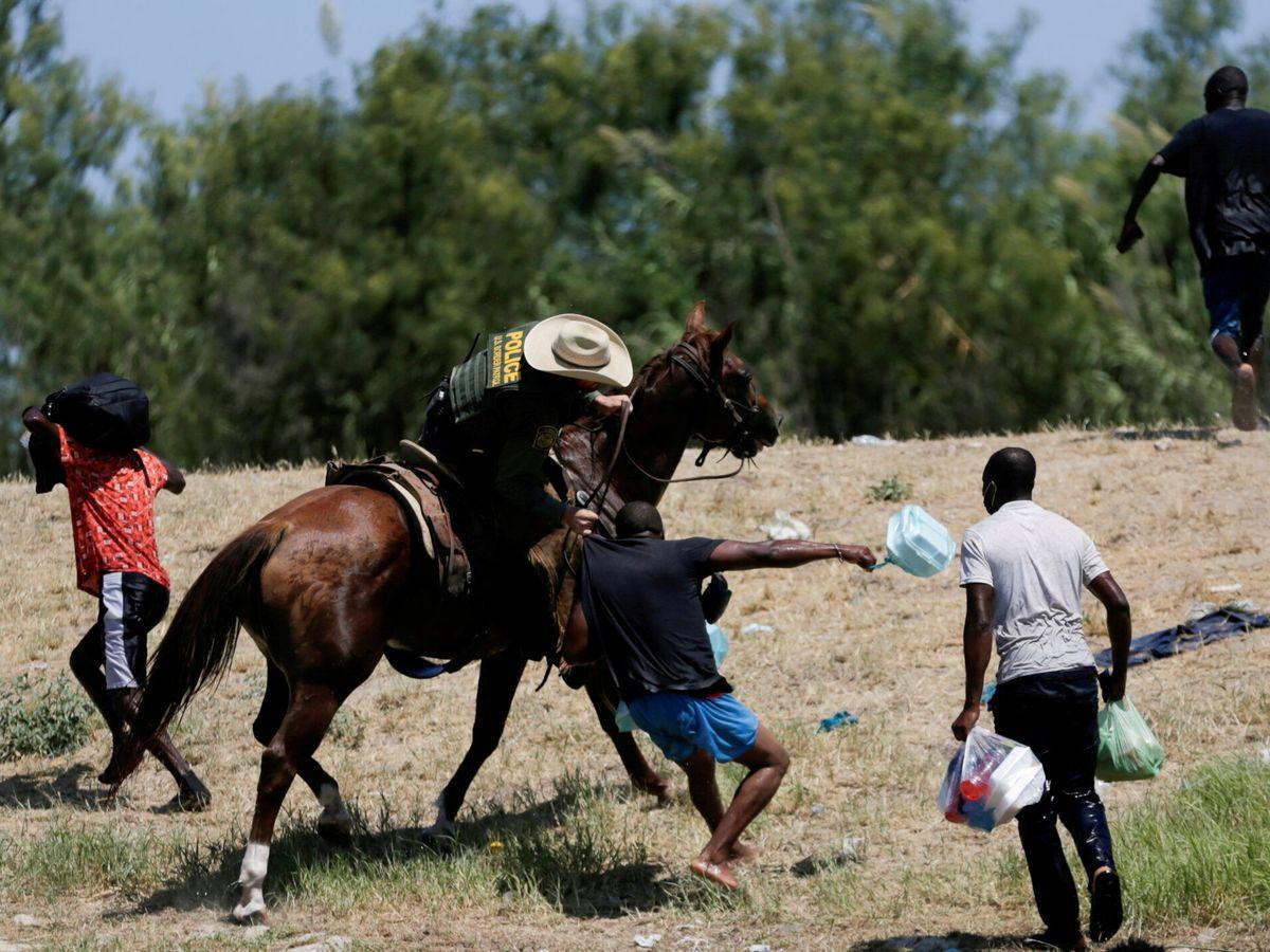Foto: Haitianos intentan entrar en EEUU. (Reuters)