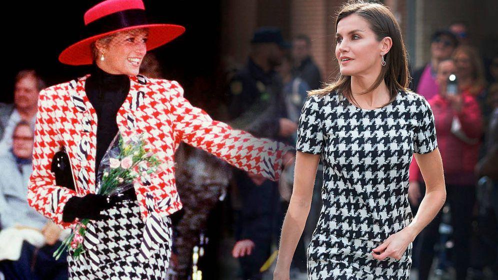 Foto: La reina Letizia y Diana de Gales con diseños de pata de gallo. (Limited Pictures)