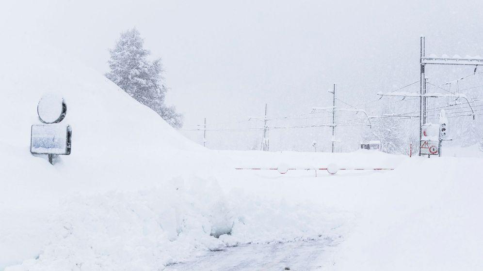 Foto: Fuertes nevadas en el valle de Goms, Suiza (EFE)
