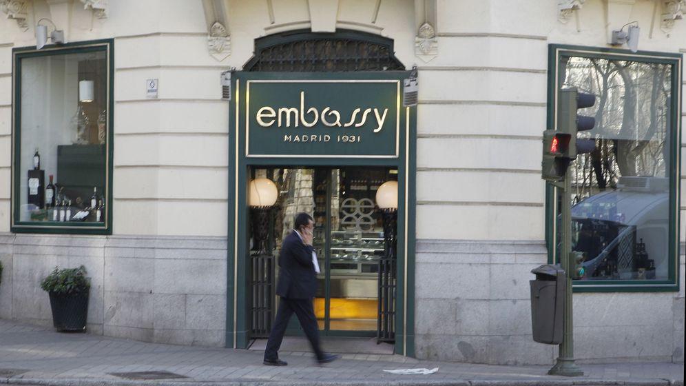 Foto: Imagen de archivo del restaurante y salón de té Embassy, situado en el paseo de la Castellana número 12, ya clausurado.