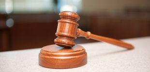 Post de Dos abogados de oficio pagan 15 euros y rebajan la pena por robo de sus clientes