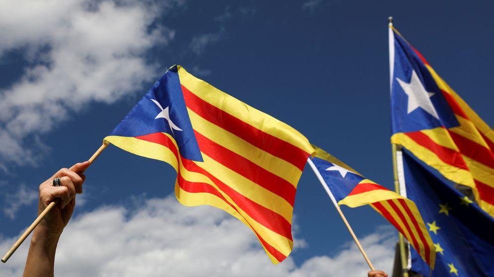 Foto: Esteladas en la Diada del 11 de septiembre en Barcelona. (Reuters)