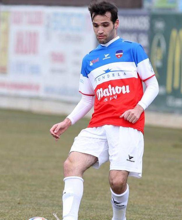 Foto: Carlos Matallanas hace dos años, en su homenaje, su último partido de fútbol.