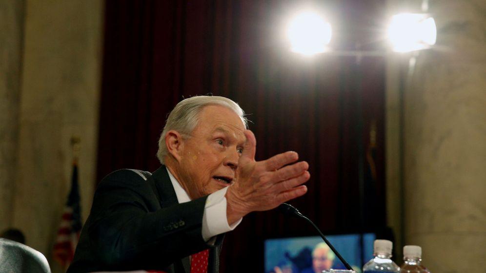 Foto: Jeff Sessions, el nuevo fiscal general de Estados Unidos. (Reuters)