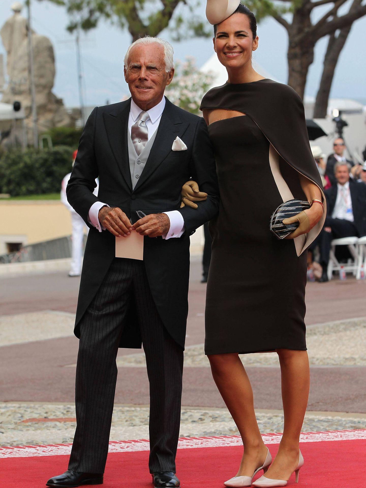 Giorgio Armani y su sobrina Roberta, en la boda de Alberto y Charlène de Mónaco. (Getty)