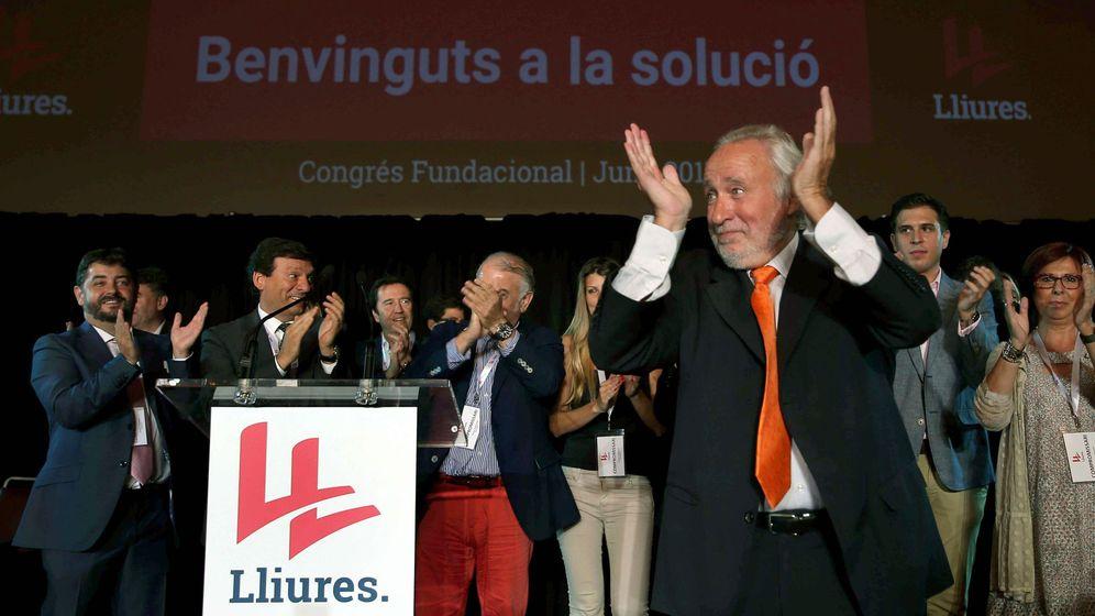 Foto: El movimiento liberal no independentista Lliures celebra su congreso fundacional en Barcelona. (EFE)