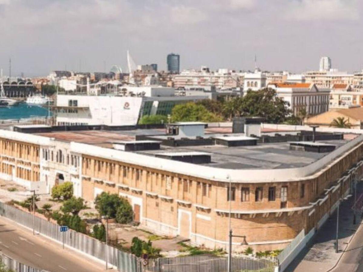 Foto: El edificio de los 'docks', en la Marina de Valencia.