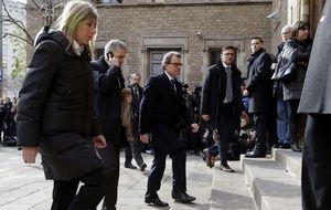 Artur Mas, Saénz de Santamaría y Zapatero asisten al funeral por José Manuel Lara