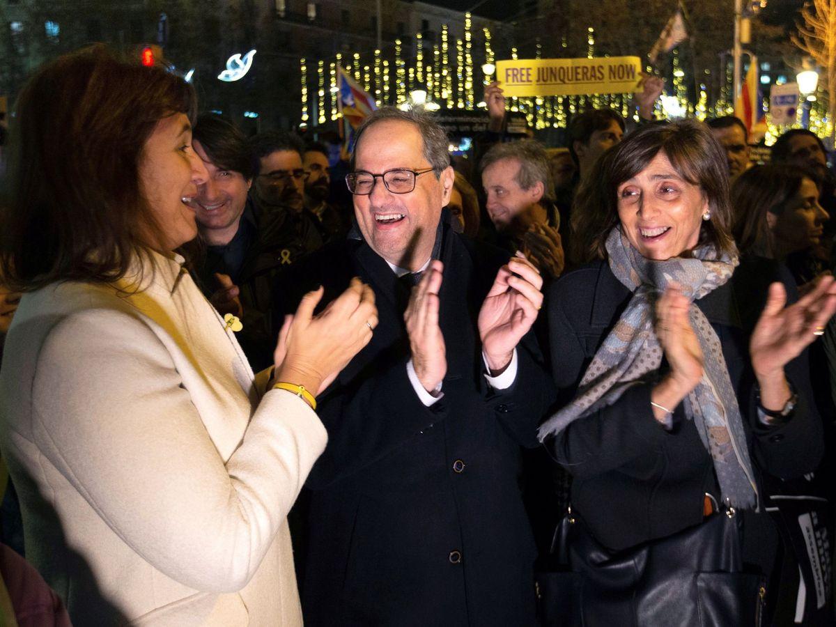 Foto: El presidente de la Generalitat, Quim Torra, junto a Laura Borràs. (EFE)