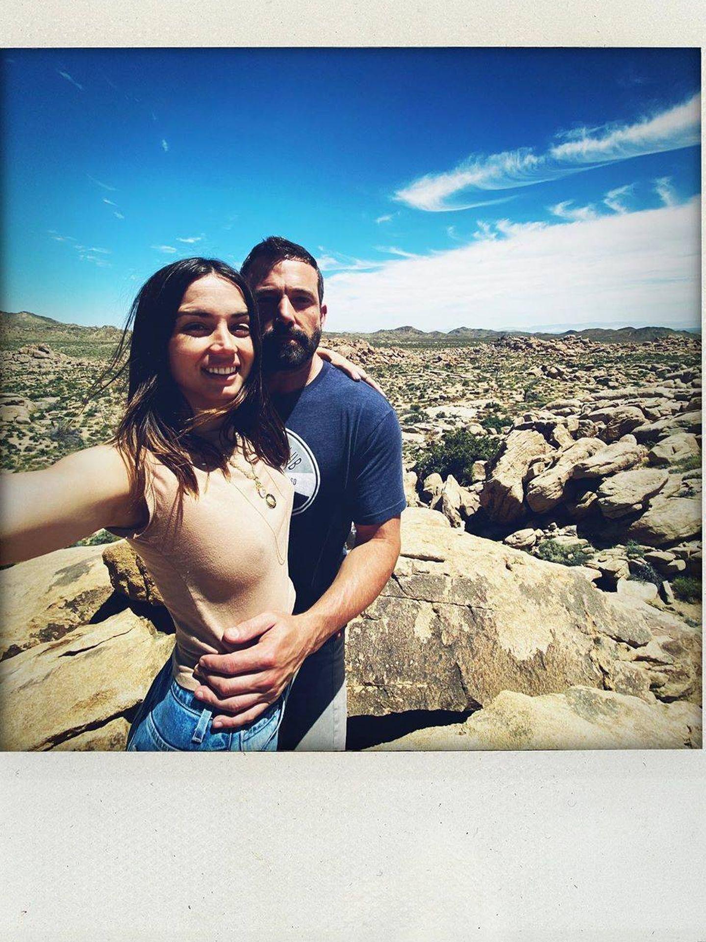 Ana de Armas y Ben Affleck. (Instagram)