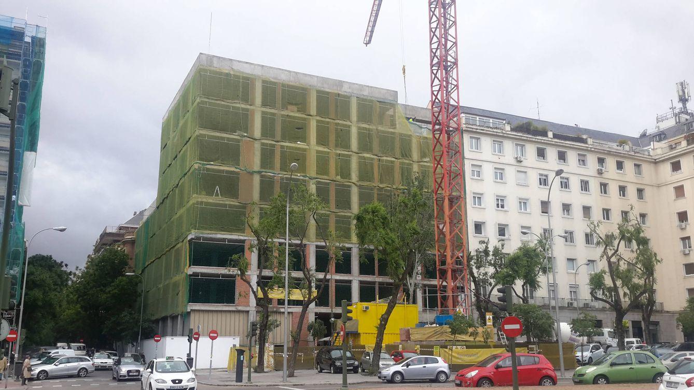 Vivienda pisos de lujo de hasta 2 5 millones en una for Viviendas lujo madrid