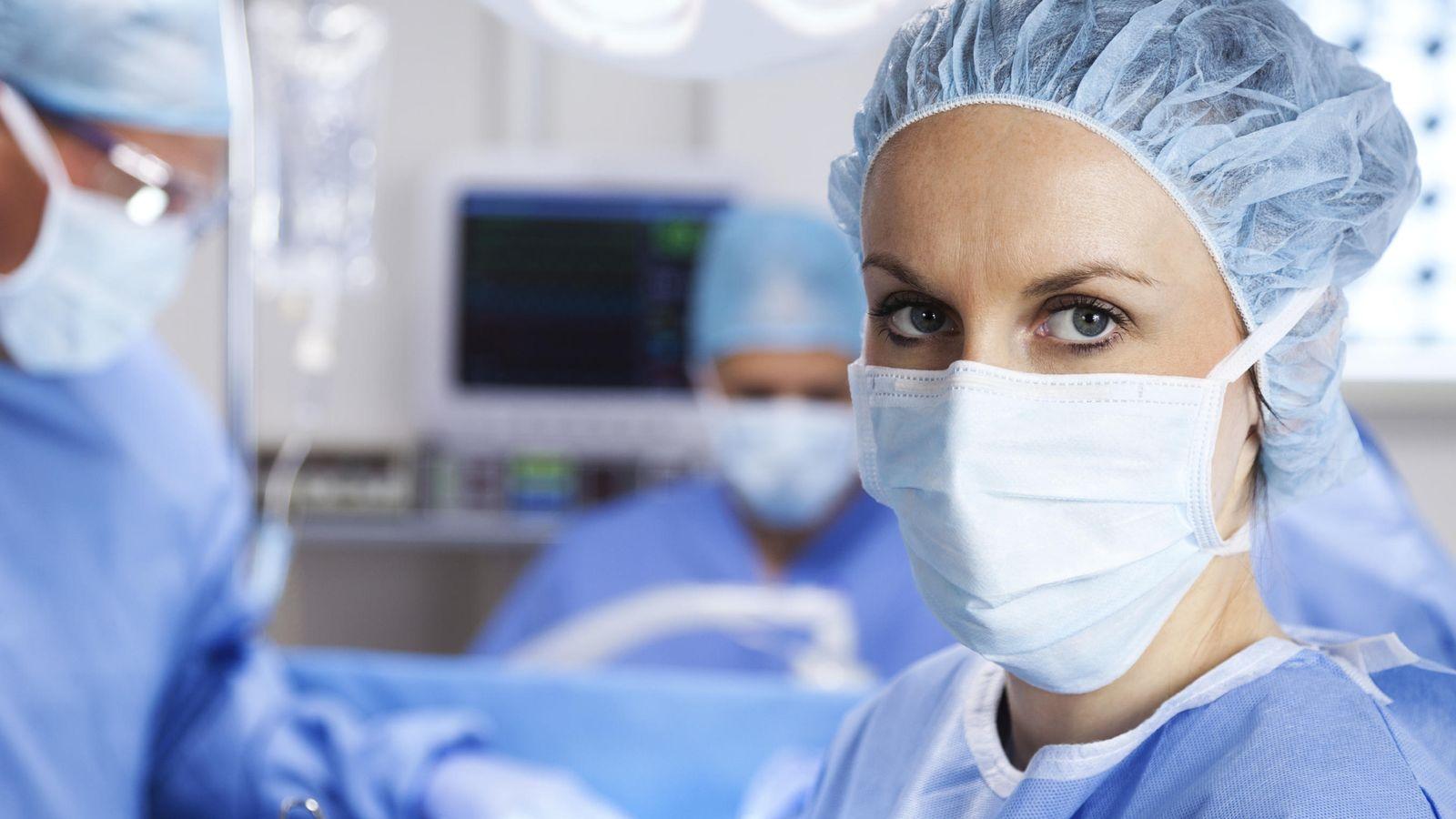 Mujer acosada sexualmente por su medico