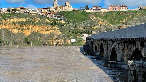 Buscan a un joven desaparecido cuando nadaba en el río Duero a su paso por Soria