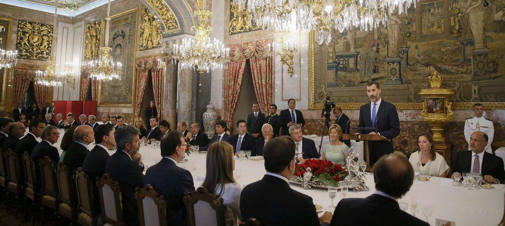 Foto: El rey Felipe VI durante su intervención en el almuerzo que los Reyes ofrecen en honor del presidente de Panamá, Juan Carlos Varela. (EFE)