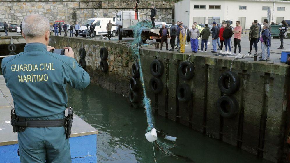 Foto: Los hechos comenzaron en el puerto de Malpica, en la provincia de A Coruña (EFE/Lavandeira)