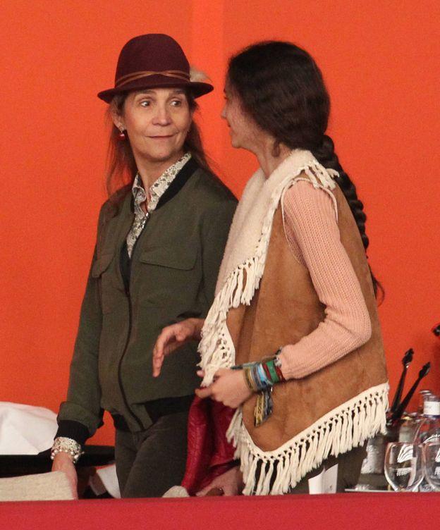 Foto: La infanta Elena y su hija en una imagen de archivo. (Gtres)