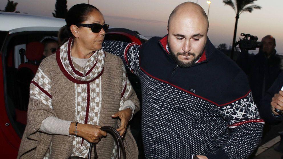 Isabel Pantoja llega a la finca donde se casan Kiko Rivera e Irene Rosales