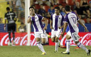 El Valladolid salva el cuello ante un Levante nublado ante el gol