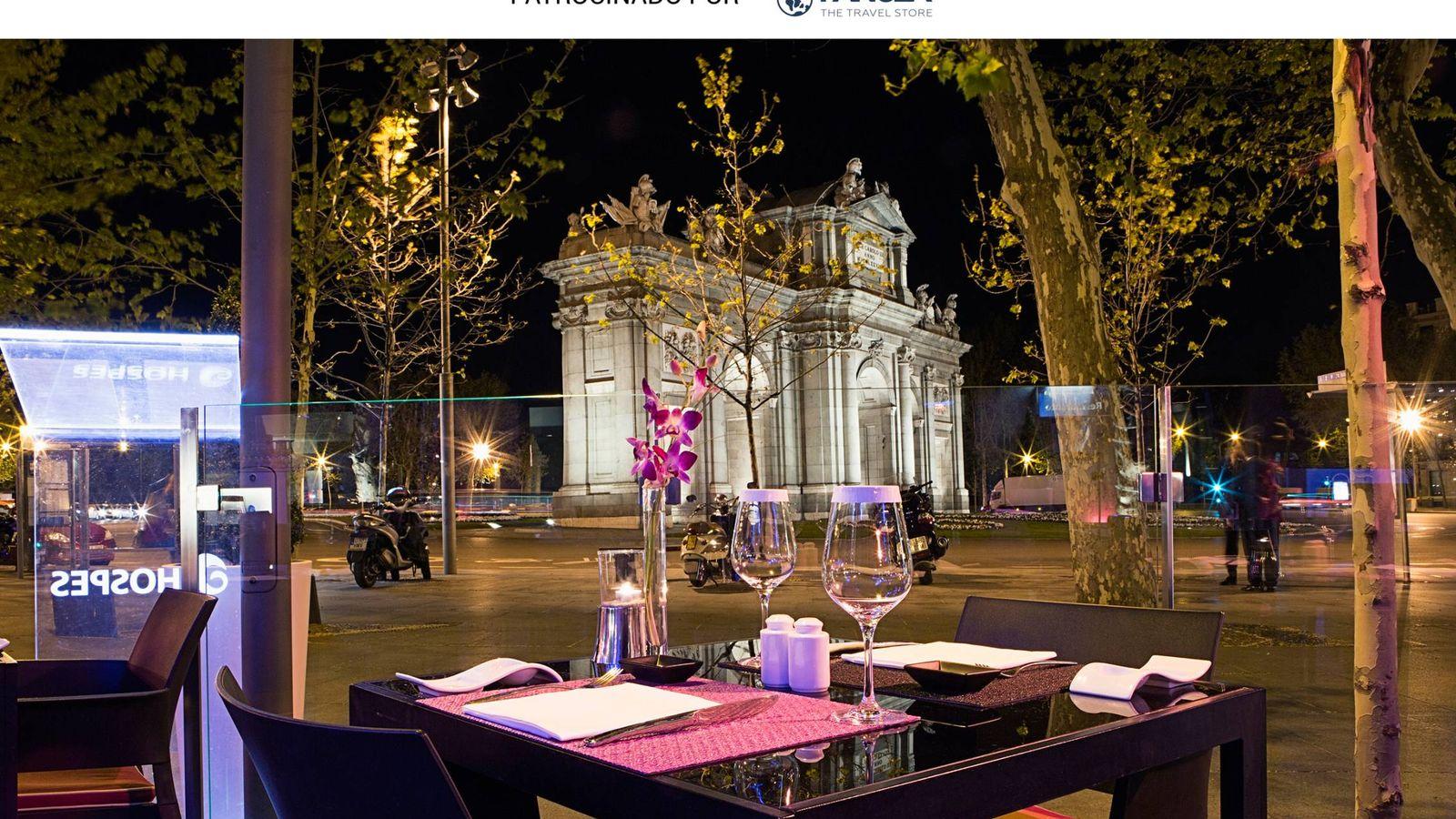 Foto: Vistas a la Puerta de Alcalá desde el restaurante Independencia, en Madrid