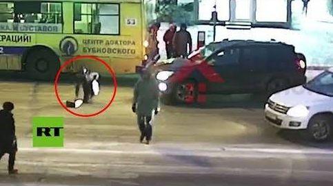 En Rusia lo normal es que te atropelle un coche y te levantes como si nada