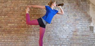 Post de Desnudos, con cerveza... Seis maneras insólitas de practicar yoga