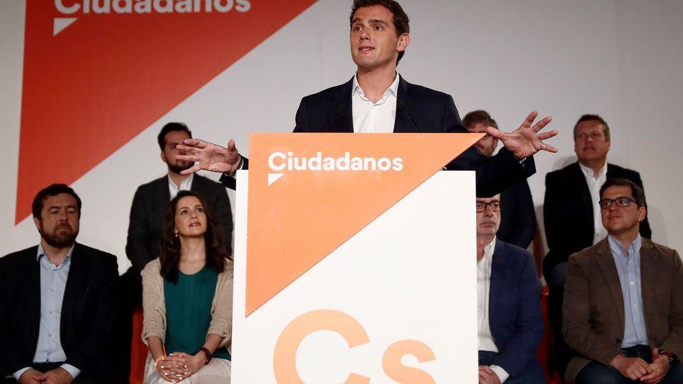 Foto: Albert Rivera, durante su intervención en la reunión extraordinaria del consejo general de Cs el pasado julio. (EFE)