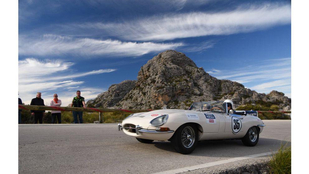 La 'fiebre' de los coches clásicos de lujo se da cita en Mallorca