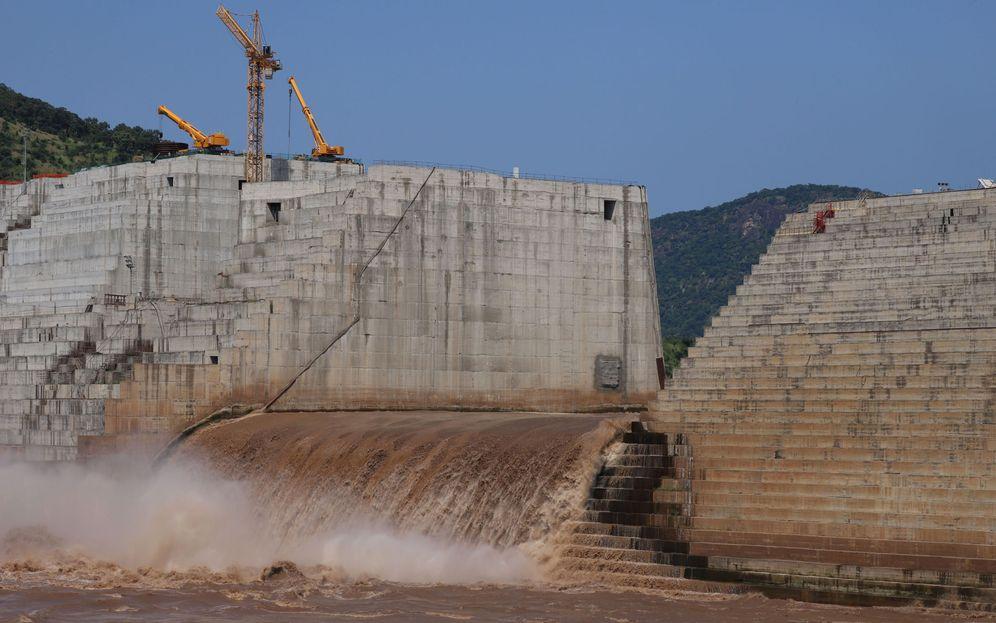 Foto: La Gran Presa del Renacimiento, en plena construcción por Etiopía. (Reuters)