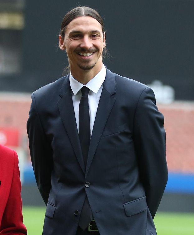 Los Jugadores Que Podrían Salir Del Psg: Ibrahimovic Y Sus Compañeros Del PSG Se Desmadran En Las