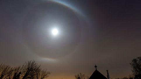 Halo alrededor de la luna en Hungría